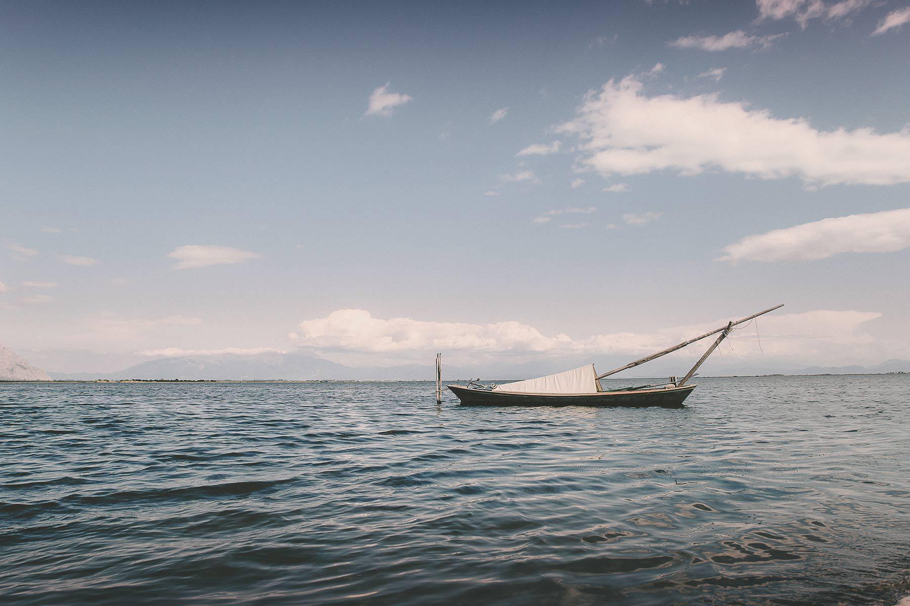 destination-wedding-in-lake-aitoliko-messolonghi-in-greece091